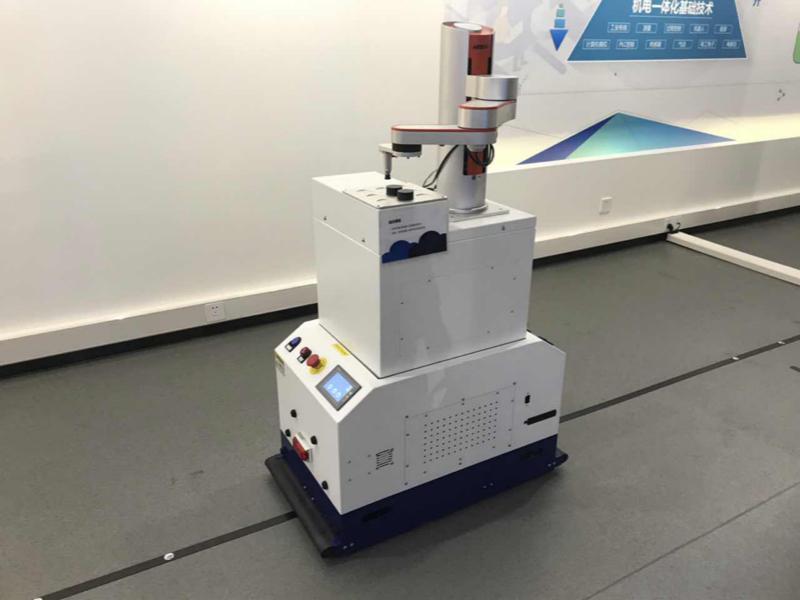 AGV與協作機器人協同作業系統